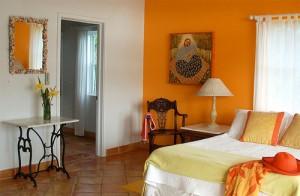 orange-bedroom-1